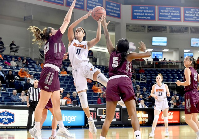 Strong First Quarter Propels Women's Basketball to 66-43 Win Over Colgate